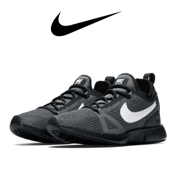 reputable site 35f94 55752 NIKE Duel Racer Sneakers. M 5b3396e19fe4861df14c3c2d